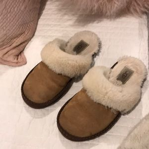 Women's ugg house shoe